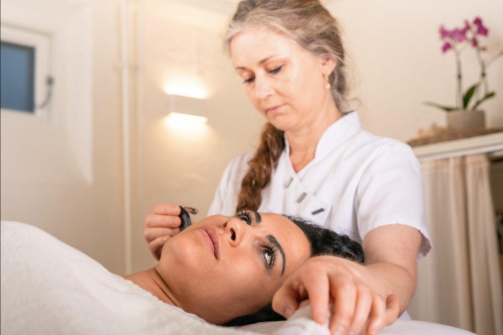 Auriculoterapi:fransk ørakupunktur-gedved